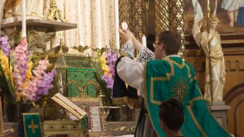 L'abbé Alexandre Lambert a célébré une première messe à Saint Césaire